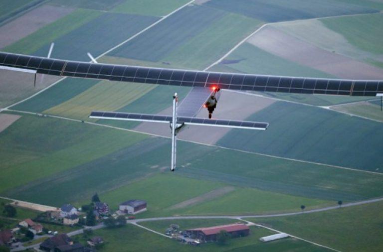 """صورة للطائرة """"Solar Impulse 2"""""""