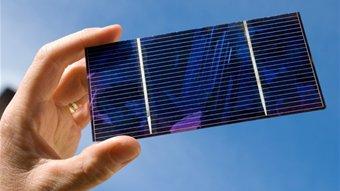 رقم قياسي جديد لفعالية الخلايا الشمسية