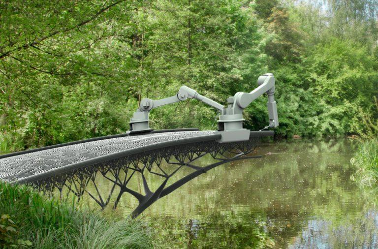 صورة للجسمال الذي سيقوم بعملية بناء الجسر