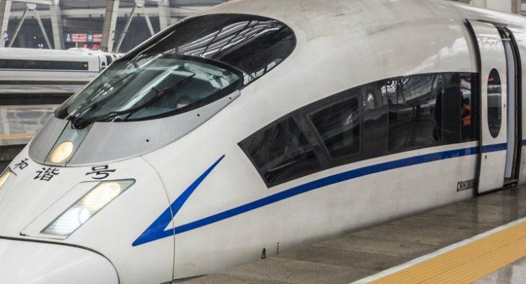 قطار صيني جديد بسرعة 500 كلم في الساعة