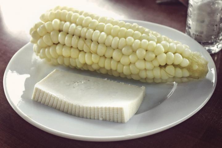 corn-and-cheese-20160407125115.jpg~q75,dx720y-u0r1g0,c--